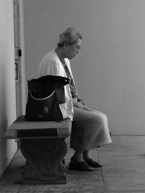 WomanSitting-web-BW